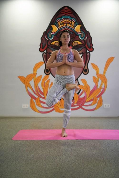Анна Ивакина — тренер по йоге