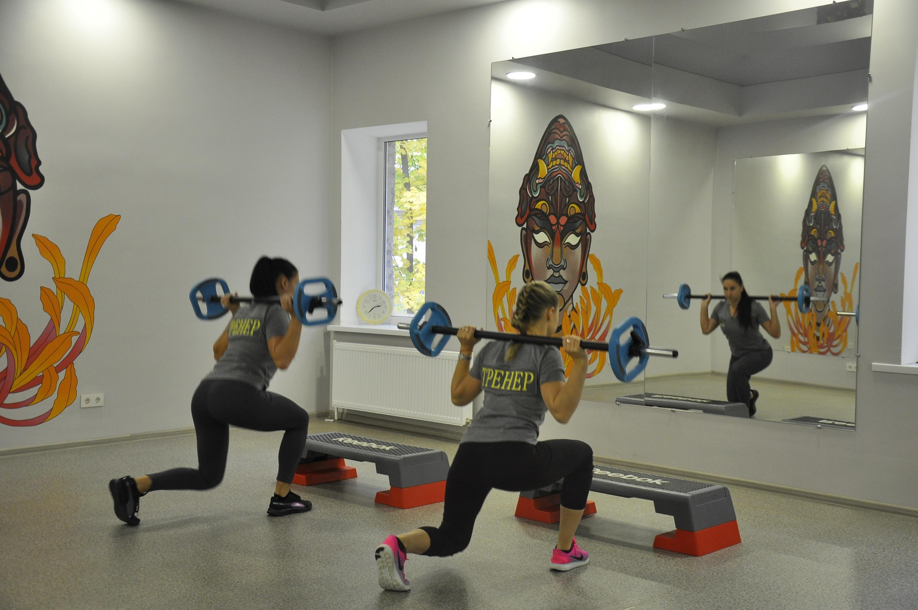 Дорогие друзья! Мы приглашаем всех желающих посетить бесплатные, открытые тренировки по фитнесу и йоге которые состоятся 04.11.2017