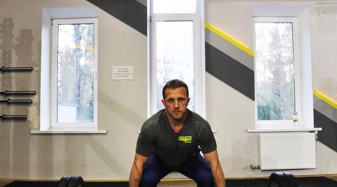 Кто еще не знаком – знакомьтесь?Персональный тренер 3 категории, тренер по кроссфиту и детскому кроссфиту – Шаров Денис.